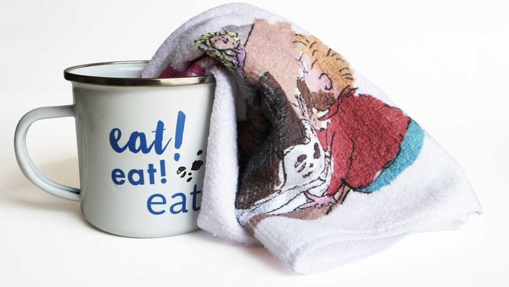 Roald Dahl mug and flannel gift set